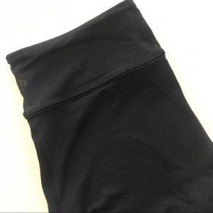Navy lululemon wonder under leggings size 6